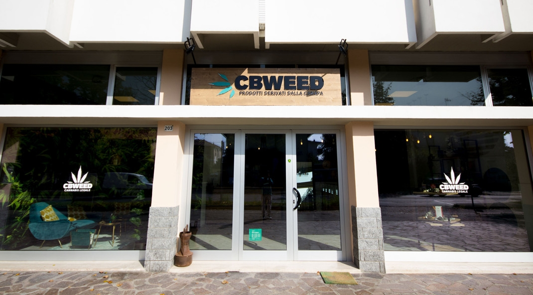 franchising-cannabis-cbweed