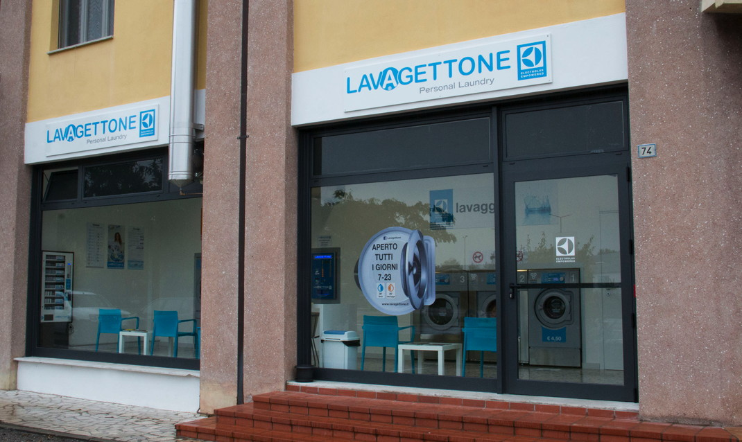 Franchising Lavanderie Self Service Lavagettone