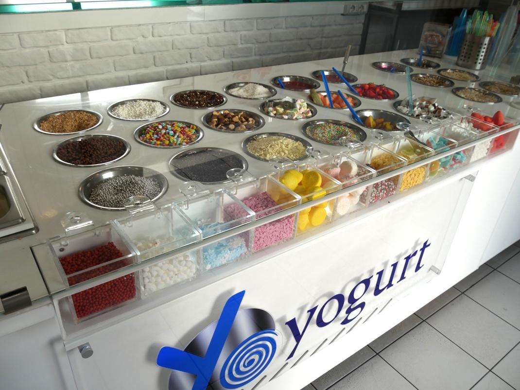 Franchising YoYogurt